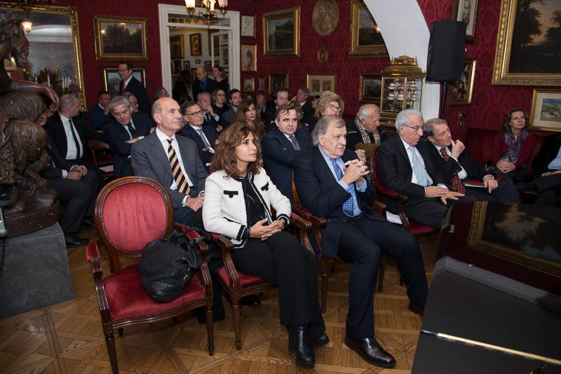Incontro con giovanni castellucci fondazioneromaeuropea for Castellucci arredamenti roma