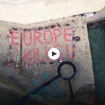 """Malta, i giubbotti di salvataggio formano la scritta """"L'Europa uccide"""""""